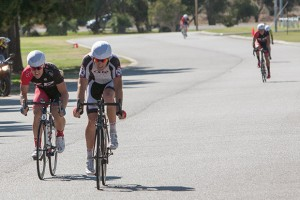 Ryan Willmot holds on to win A grade Crit Club Champs from the fast finishing Matthew Peterson