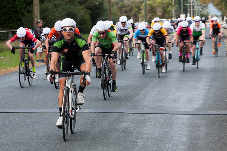 Lance Portman wins B grade in bunch sprint